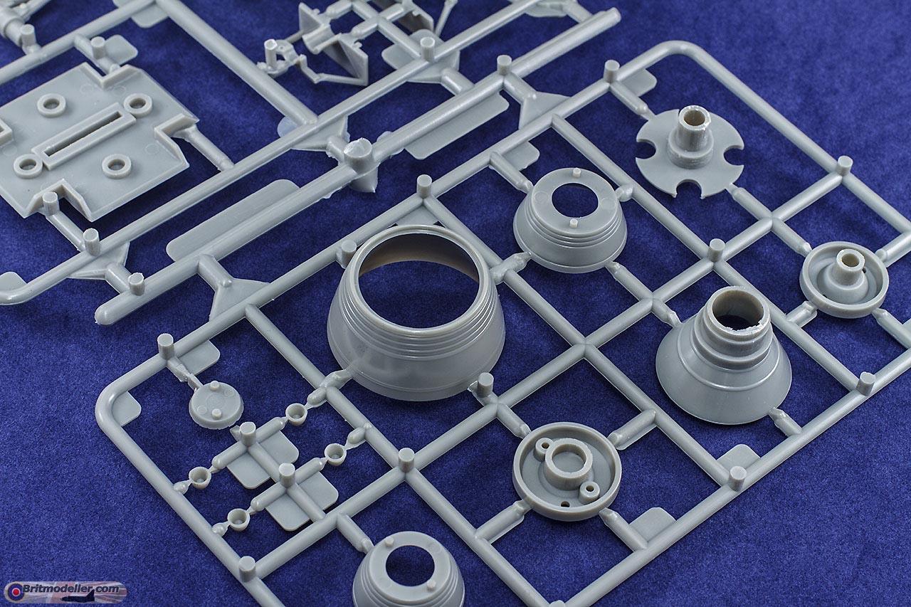 detail-engines.jpg