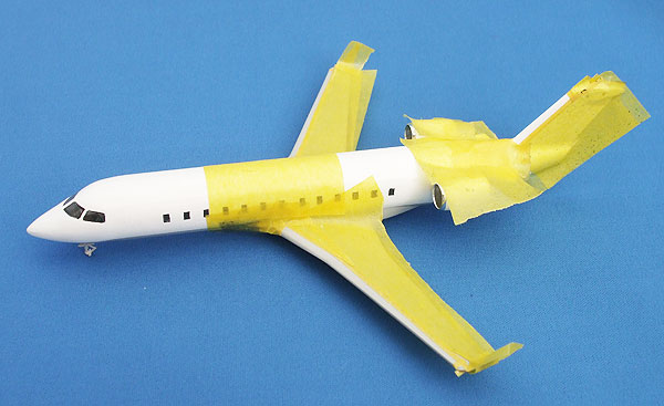 CRJ-33.jpg
