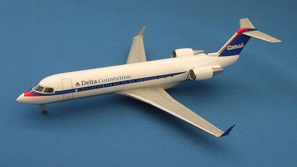 CRJ-38.jpg