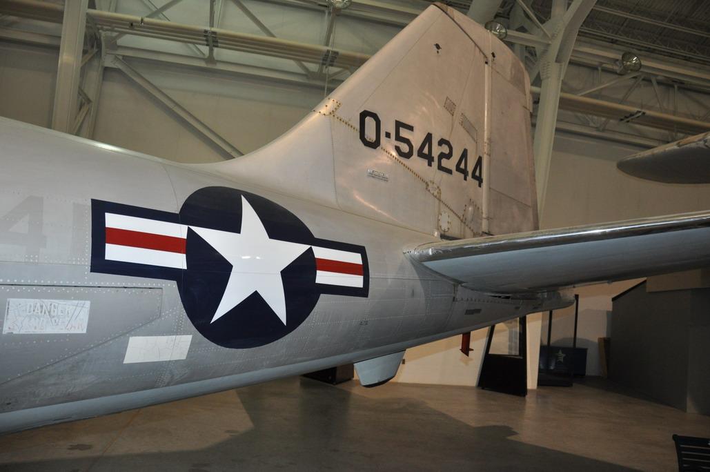 B-57E%20006_resize.JPG