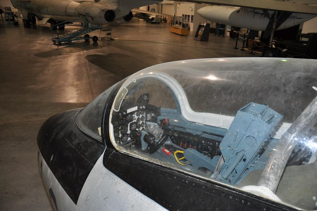 B-57E%20017_resize.JPG