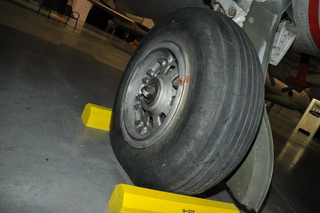 B-57E%20044_resize.JPG