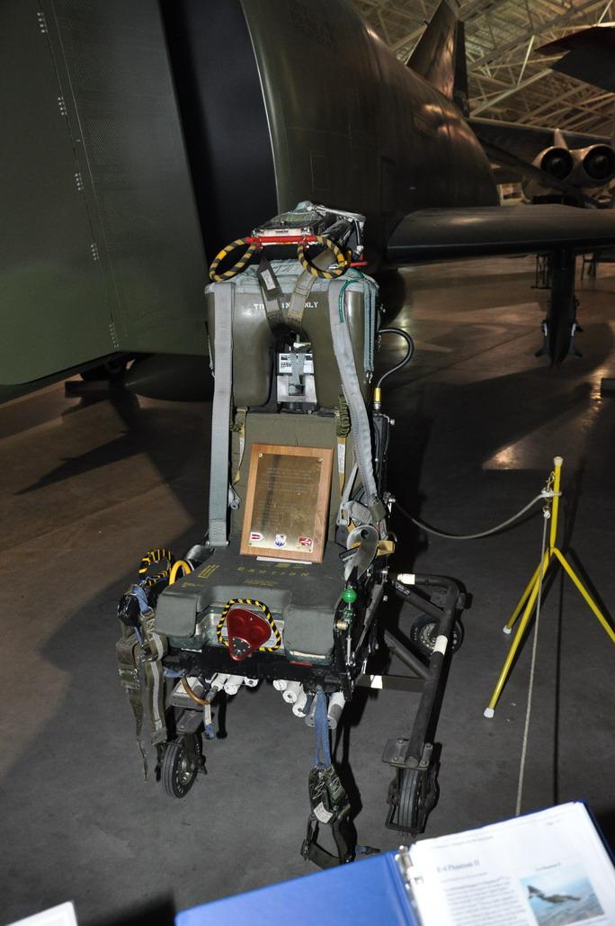 RF-4C%20014_resize.JPG