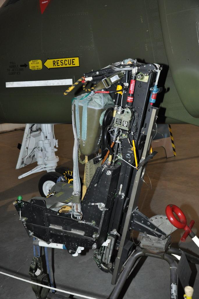 RF-4C%20016_resize.JPG