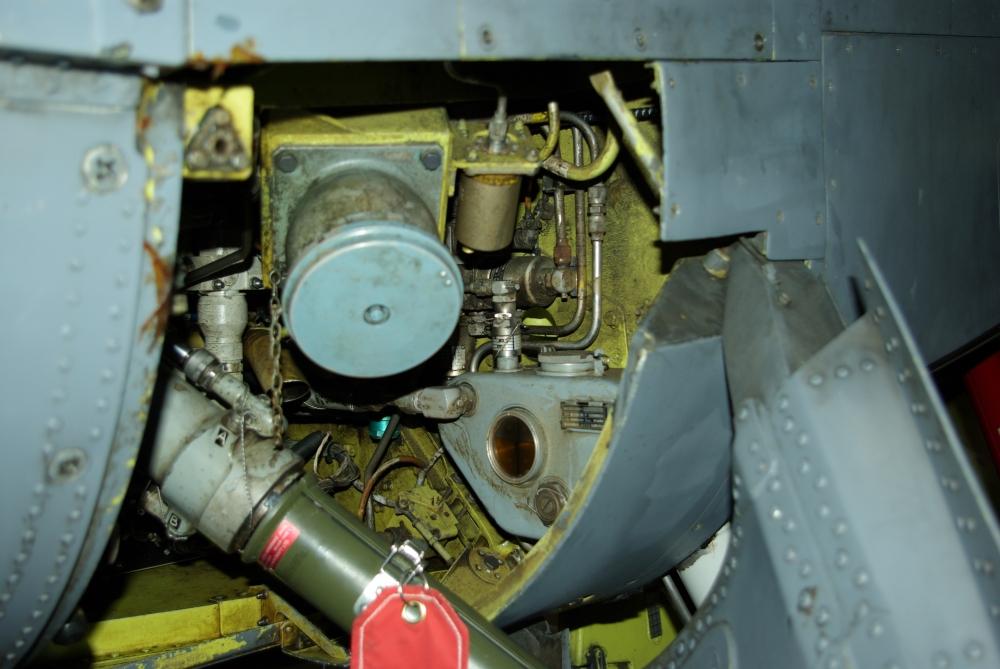 fuelbay1.jpg