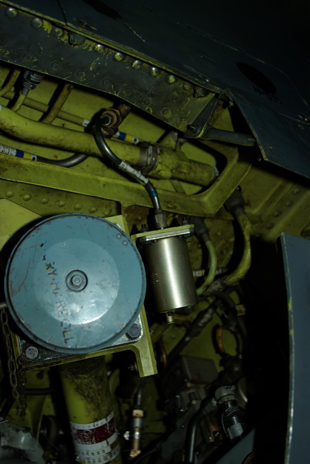 fuelbay11.jpg