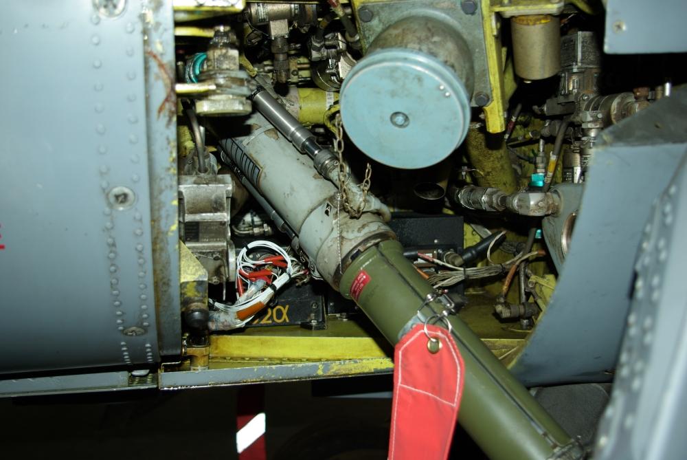fuelbay2.jpg