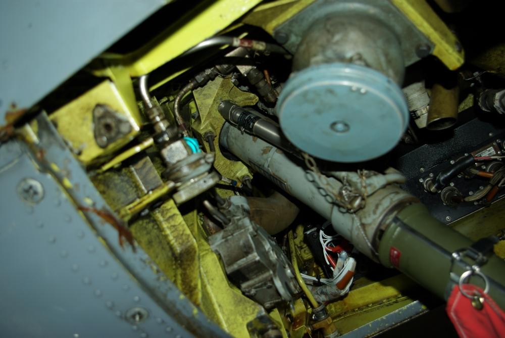 fuelbay3.jpg