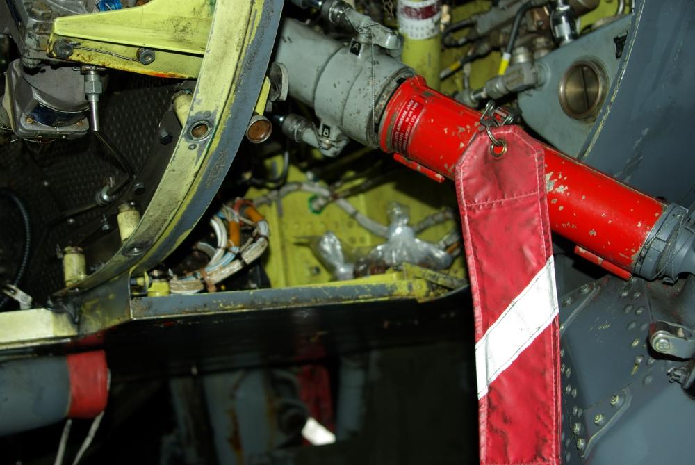 fuelbay9.jpg