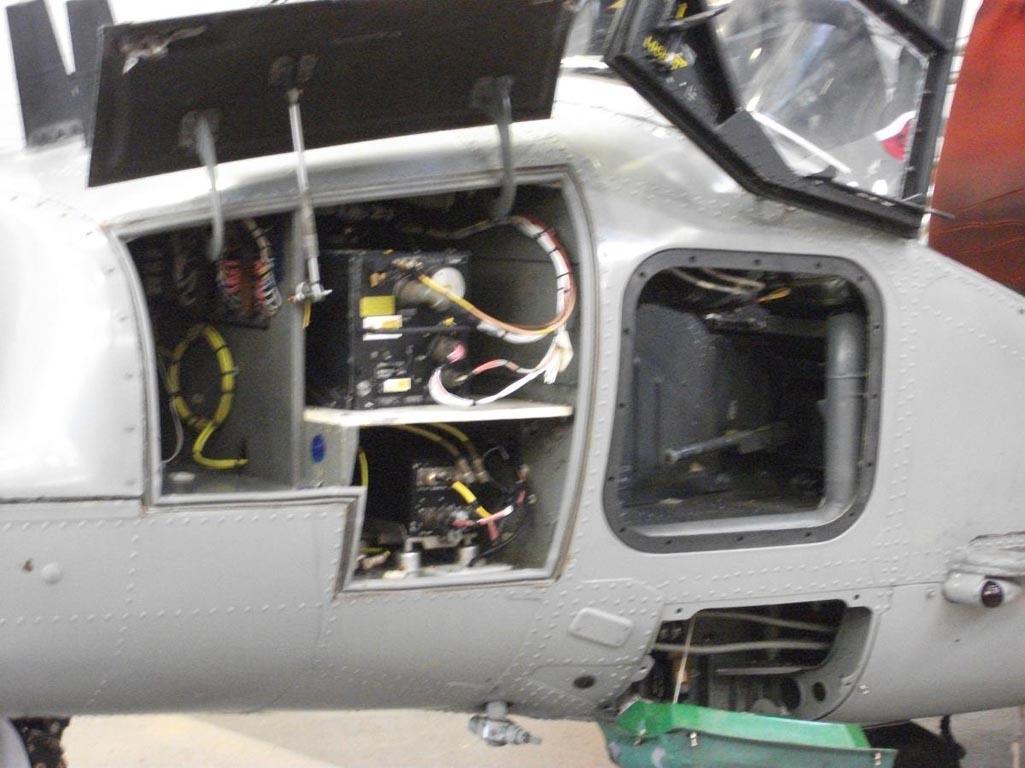Lynx%20avionics%20bay.jpg