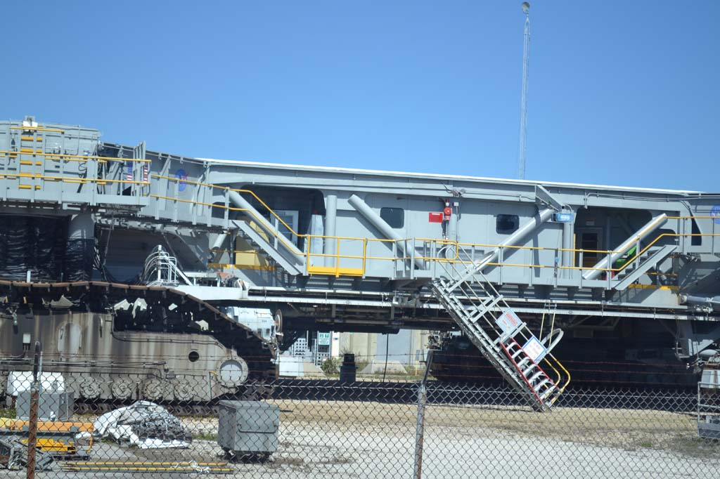 NASA Crawler Weight - Pics about space