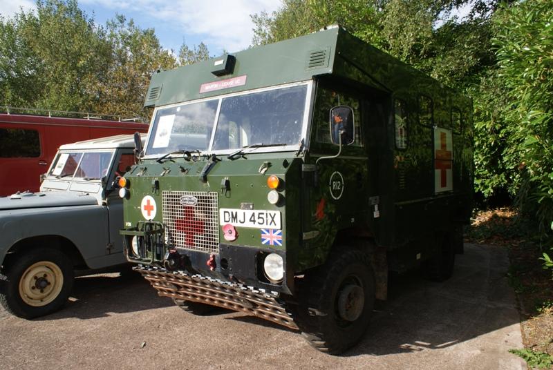 land rover 101 ambulance - afv walkarounds - britmodeller