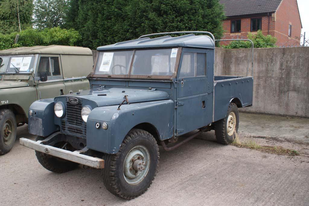 Land Rover Series 1 Civilian Versions - Vehicle Walkarounds ...